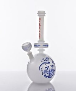 The China Glass Tian Hou Dynasty Vase Water Pipe
